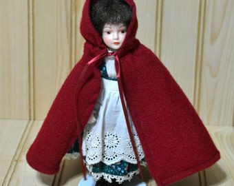 Vintage Avon Little Red Riding Hood Doll Porcelain 1985  Cape Stand Collectible