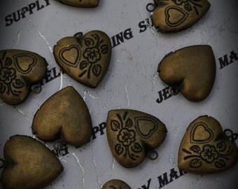 Brass Flourish Heart Locket Pendants / Charms