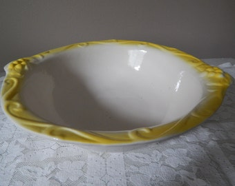 California Pottery Bowl 444 With Handles White And Yellow Embossed