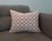 Red and White Quatrefoil Zippered Pillow Cover