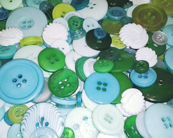 100 Mixed Ocean Wave Buttons w/ Shell Buttons - Turquoise, Teal, Aqua, Blue, Mint, Apple Green, Sky Blue, White, Clover Green