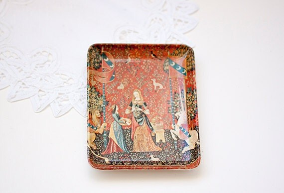 Decorative crafts inc mebel tray made in italy the lady and for Decorative crafts inc brass