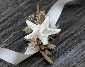 Real knobby Starfish wrist corsage Beach Wedding Nautical corsage Coastal Baby's Breath Dried Sea Grass Mosses