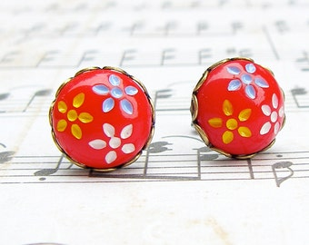 Daisy Trio in Red - vintage glass button post earrings