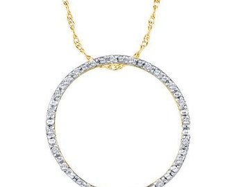 Yellow Gold Circle Diamond pendant