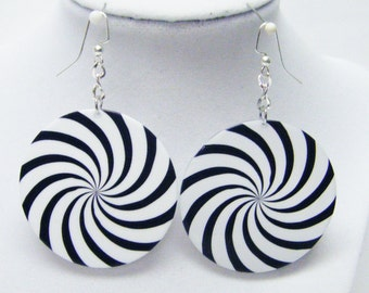 Round White w/Black Spiral Dangle Earrings