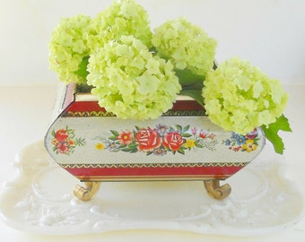 Vintage Metal Footed Trinket Box with Lid, Tea Caddy, Jewelry Box, English Cottage