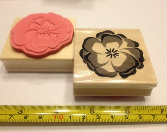 LARGE flower / pansies rubber stamp, 50 mm (R8)