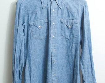 Chambray western shirt with red thread and snap buttons