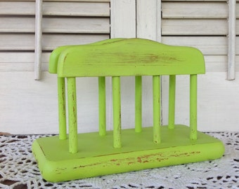 Vintage Napkin Holder / Lime Cottage Beach Kitchen Countertop