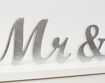 Mr & Mrs table sign, silver wedding sign, sweetheart table decor, unpainted, DIY