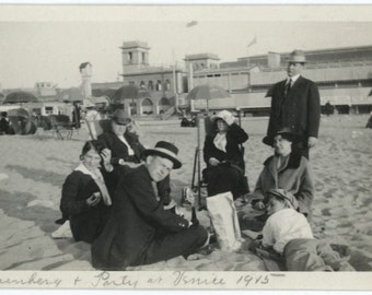 Picnic Party at Venice Beach, 1915 Vintage Photo (57390)