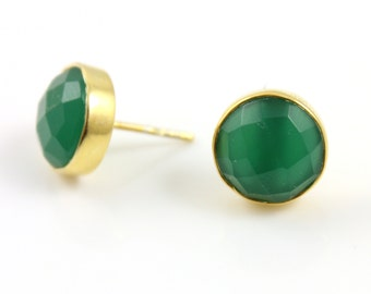 Natural Green Onyx Smooth Ear Studs, Gold Vermeil , Incredible Green,9mm,1Pair, (ST/GNX/01)