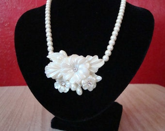 Pearly Lucite & Rhinestone Vintage Necklace