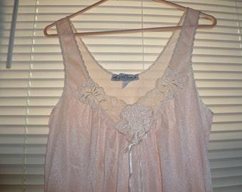 Long Pink Nightgown, Gloria Vanderbilt Nightgown, Size Medium, Summer Nightgown, Nylon Nightgown