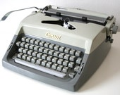 Vintage. Gray. Consul. Typewriter. from Czechoslovakia. Excellent condition (TY104)