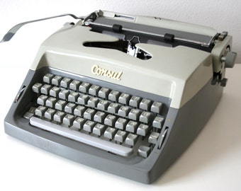 SUMMER SALE 30% OFF!!  Vintage. Gray. Consul. Typewriter. from Czechoslovakia. Excellent condition (TY104)