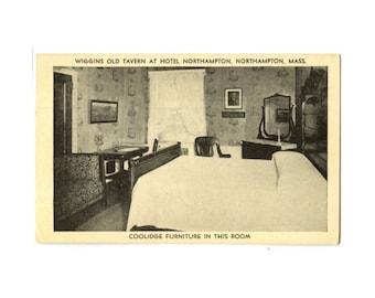 Wiggins Old Tavern, Northampton, Mass - Postcard