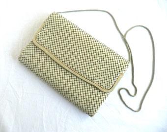 Cream mesh handbag - vintage mesh purse - 1980s mesh purse - cream mesh and enamel clutch purse - cream mesh shoulder bag