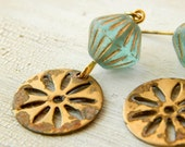 Brass flower earrings / rustic earrings / gold brass / daisy earrings