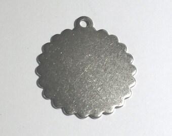 2 Round Pendant with Ruffle Edge, Round Charm, Disc, 34mm