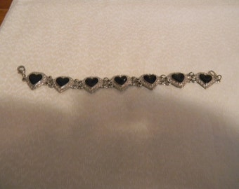 Vintage Silvertone Heart Bracelet with Faux Black Stone