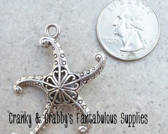 Starfish Pendant - Metal Alloy-  Chunky Necklaces - 46mm x 45mm Silver