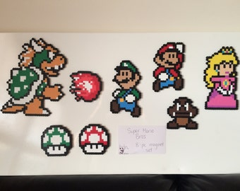 Super Mario Bros 8-pc magnet set