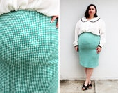 Plus Size - Vintage Green & White Geometric Sweater Knit Pencil Skirt (Size 16/18)