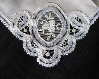White Bridal Hankie Lace Bride Handkerchief Wedding