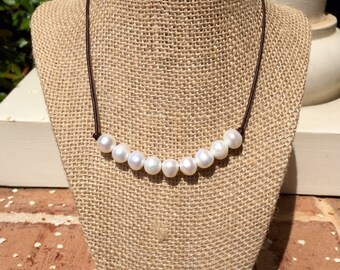 NEW Large Freshwater Pearl and Genuine Leather Necklace