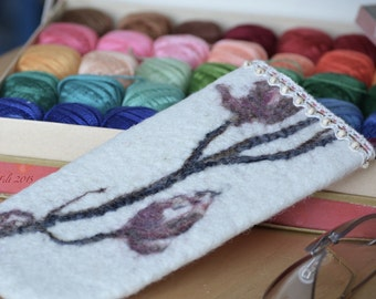 OOAK wet felt wool eyeglasses and sunglasses case - eyeglasses protection - nice little thing - gift for woman - ready to ship