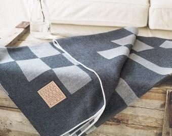 Merino Lambswool Mitte Blanket - Pebble