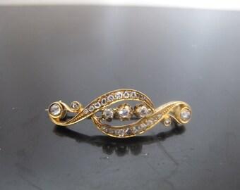 Victorian Rose Cut Diamond Brooch in 14k Yellow Gold