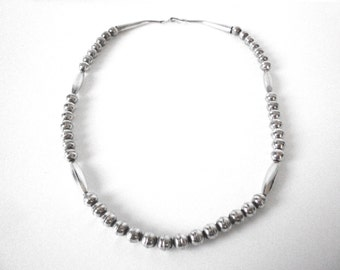 Vintage Navajo Sterling Silver Melon With Round Bead Necklace