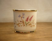 Vintage 1960s Eschenbach small oval pot decorated with pink and blue wild flowers pattern
