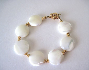 Mother of pearl bracelet  Great for summer jewelry, beach jewelry