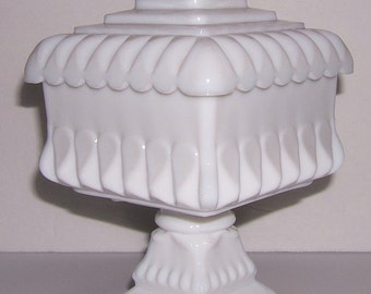 Vintage Westmoreland Milk Glass Wedding Cake Box