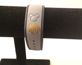 MagicBand Vinyl Monogram Decal