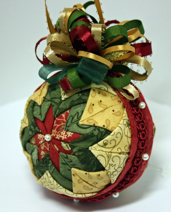 Folded Fabric Christmas Tree: Folded Fabric Quilted Star Christmas Ornament In Beige