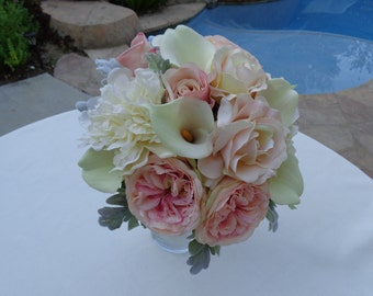 Bridal bouquet n ivory, blush and soft peach