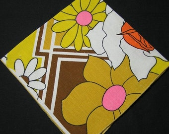 1 Vintage 1970s or Earlier Designer Linen Dinner Napkin, Unsigned, Bright Colored Flowers in Brown Tones, 16 Inches, ~~by Victorian Wardrobe