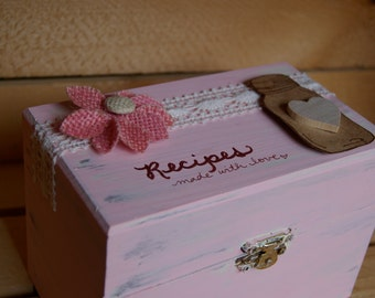 Rustic recipe Box-3x5. pink country chic. distressed. handpainted.