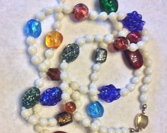 Vintage glass beads necklace. Lampwork, foiled, milk glass beaded.