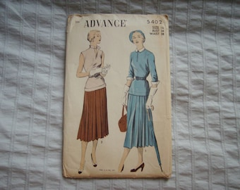Vintage Advance Sewing Pattern