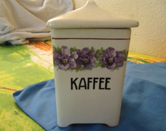 Coffee box of porcelain