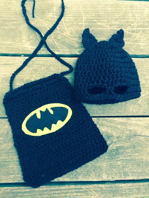 Free Crochet Pattern Baby Capelet : Newborn Batman mask hat and cape. Bat hero crochet. Ready to