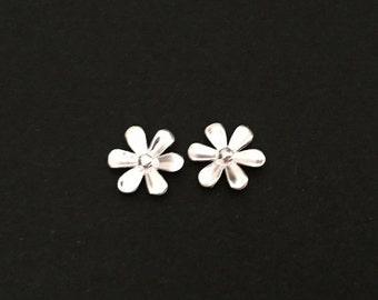 Sterling Silver Flower Studs. Tiny Silver Flower Studs. Cute Flower Earrings. Sterling Silver Earrings. Gift for Her. Flower Girl Earrings.