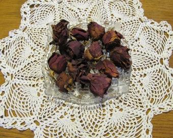 1 Dozen Dried Roses