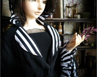 Black/White Witch Coat (SD)